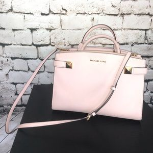 Michael Kors blush handbag